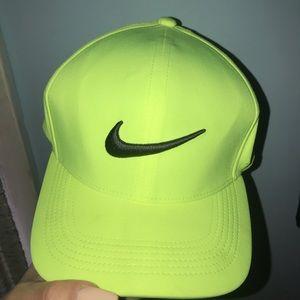 Men's Nike golf hat